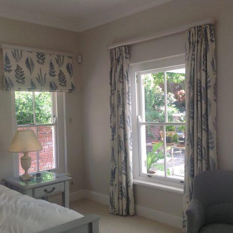 McLeod- blind & curtains on wood rebated 1