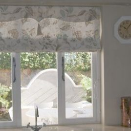 Roman Blind With Valance And Tassel